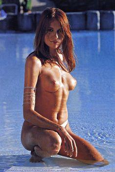 Обнаженная Любовь Толкалина в журнале Playboy, 2001