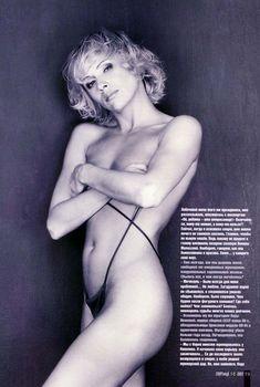 Обнаженная Мария Бутырская в журнале «Спорт Клуб», 2003