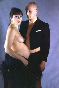 Голая беременная Мария Порошина в журнале «Махаон, 1996