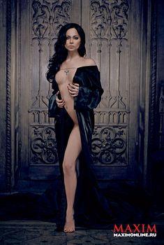 Настасья Самбурская разделась в журнале «Максим», 2012