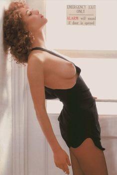 Обнаженная Наталья Негода в журнале Playboy, 1989