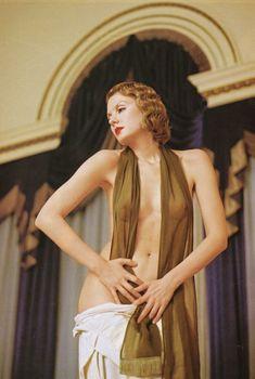 Рената Литвинова разделась в журнале Playboy, 2000