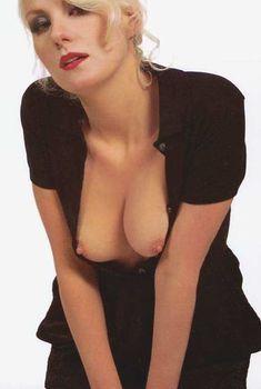 Голые сиськи Ренаты Литвиновой в журнале Playboy, 1997