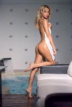 Светлана Лобода разделась в журнале Maxim, 2009