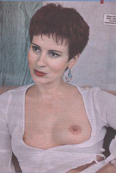 Голая грудь Дарьи Асламова в «Комсомольской правде»