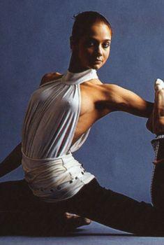 Ирина Чащина без лифчика в «PRO-Спорт», 2004