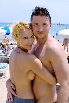 Лера Кудрявцева топлесс на пляже