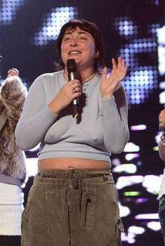 Лолита Милявская появилась без лифчика на «Фабрике-3», 2009