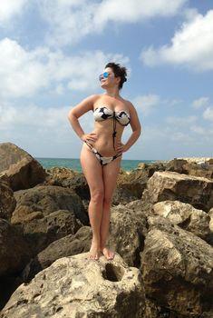 Наташа Королёва в купальнике