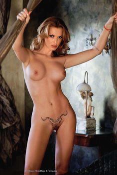 Ольга Родионова разделась догола в Playboy, 2011
