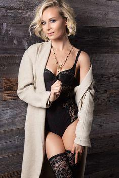 Секси Полина Гагарина для журнала GQ, Октябрь 2015