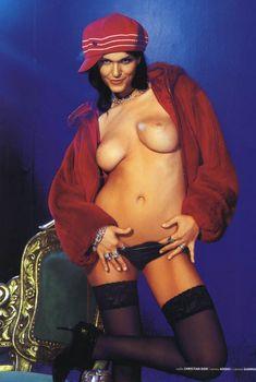 Обнаженная Анастасия Сланевская для журнала Playboy, Июль 2004