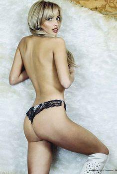 Татьяна Котова для рекламы нижнего белья, 2006