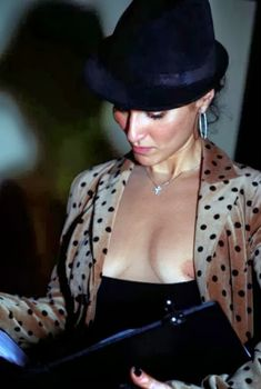 Тина Канделаки случайно засветила грудь, 2007