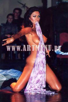 Юлия Такшина – горячая стриптизерша