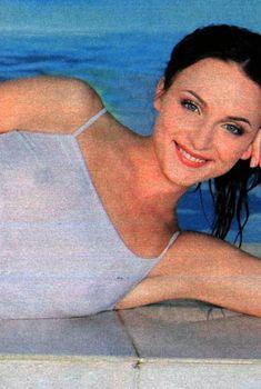 Анна Снаткина засветила сосочки в журнале «7 дней», Июль 2007
