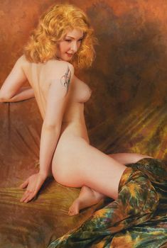 Обнажённая Амалия Мордвинова в журнале «Караван Истории», Декабрь 2006