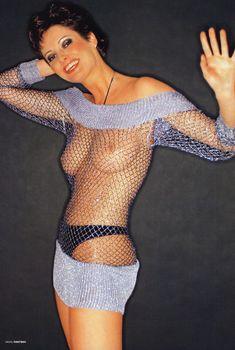 Вика Талышинская разделась для журнала «Пингвин», Июнь 2004