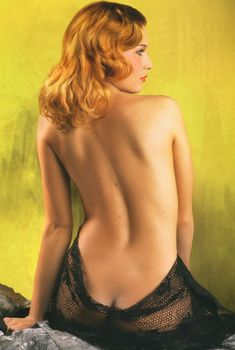 Эротические фото Ольги Вечкилевой в журнале «Караване Историй», 2007