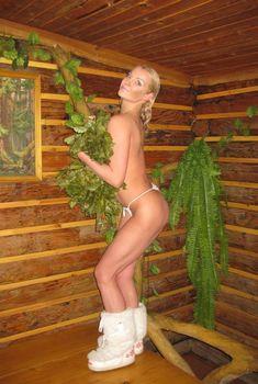 Анастасия Волочкова топлесс в бане, 2011
