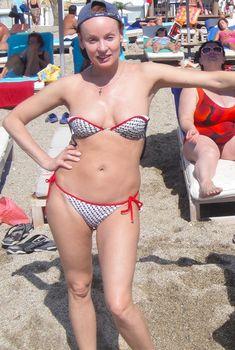 Жанна Эппле в бикини на острове Кос, 22.09.2011