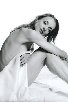 Эротичная Илзе Лиепа в фотосессии для Playboy, Март 1997