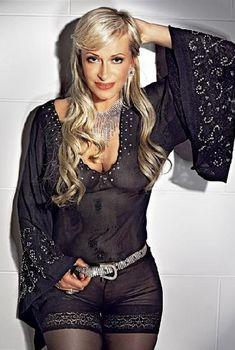 Наталья Гулькина в эротическом наряде для журнала «SIM», Апрель 2008