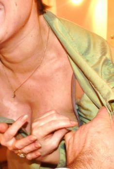 Ольга Тумайкина раздевается в гримерке, Январь 2011