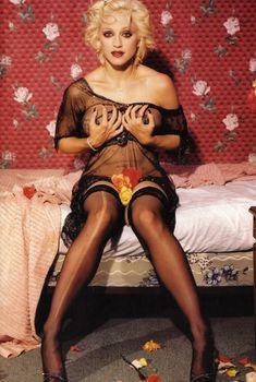 Горячая фотосессия Мадонны для журнала Details, 1994