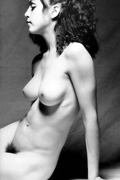 Голая киска Мадонны в откровенной фотосессии, 1979