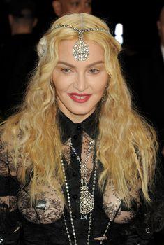 Прозрачное платье Мадонны на Givenchy At Met Gala, 2016