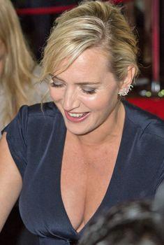 Сексуальное декольте Кэйт Уинслет на Toronto International Film Festival, 07.09.2013