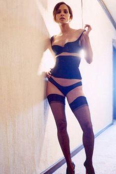 Холли Берри в эротическом белье