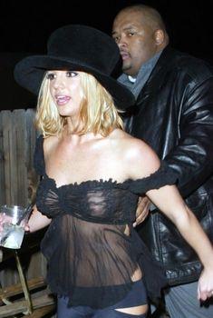 Сексуальная Бритни Спирс в прозрачном наряде на Project Greenlight Party, 18.01.2003