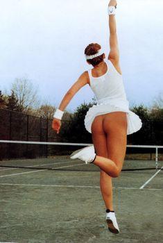 Сексуальная Кайли Миноуг оголила попку для британского журнала GQ, 2000