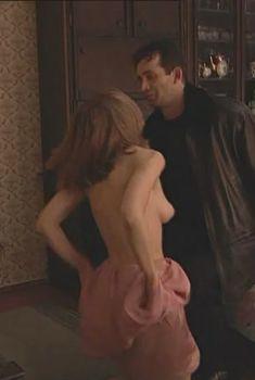 Юлия Михайлова оголила грудь в сериале «Бандитский Петербург 2: Адвокат», 2000