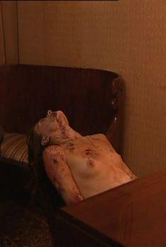 Голая грудь Анастасии Мельниковой в сериале «Бандитский Петербург: Барон», 2000