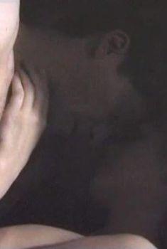 Наталья Терехова засветила грудь в фильме «Как же быть сердцу», 2008