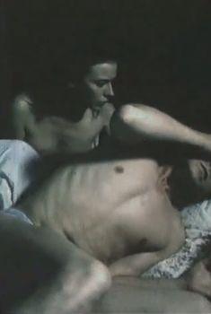 Голые сиськи Елены Сафоновой в фильме «Катала», 1989