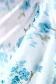 Ольга Погодина слегка оголила попу в сериале «Мужчина в моей голове», 2009