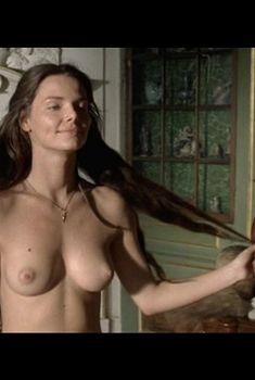 Красивая Елизавета Боярская снялась с голой грудью в сериале «Петр Первый. Завещание», 2011