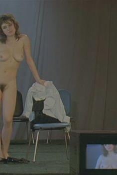 Полностью голая Наталья Щукина в фильме «Секс и перестройка», 1990