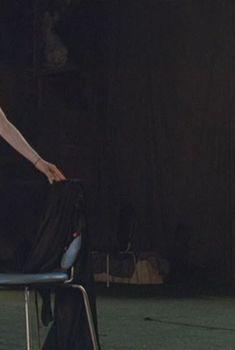 Абсолютно голая Таня Ю в фильме «Секс и перестройка», 1990
