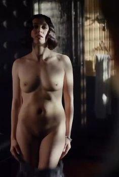 Анастасия Меськова снялась полностью голой в сериале «Троцкий», 2017
