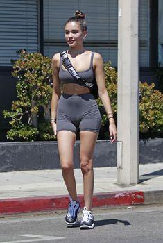Аппетитная Мэдисон Бир в сексуальном обтягивающем наряде на улицах Лос-Анджелеса, 07.08.2018