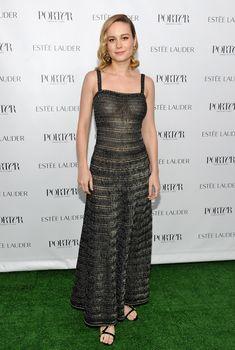 Восхитительная  Бри Ларсон засветила грудь в прозрачном платье на мероприятии