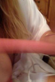 Красотка Кейли Куоко засветила голую грудь в Instagram