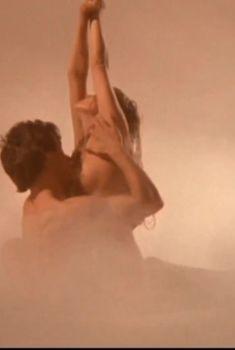 Полностью голая Бо Дерек в фильме «Болеро», 1984