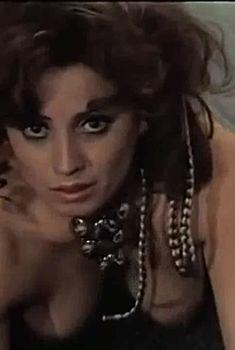 Вида Ерман оголила грудь и попу в фильме «Маскарад», 1970