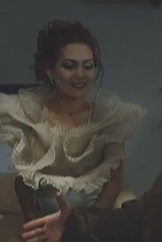 Екатерина Климова засветила грудь в фильме «А поутру они проснулись», 2003